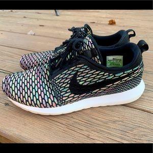 Nike men's Roshe NM Flyknit 'Multicolor' size 10.5